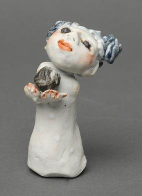 Small Porcelain Figure 1
